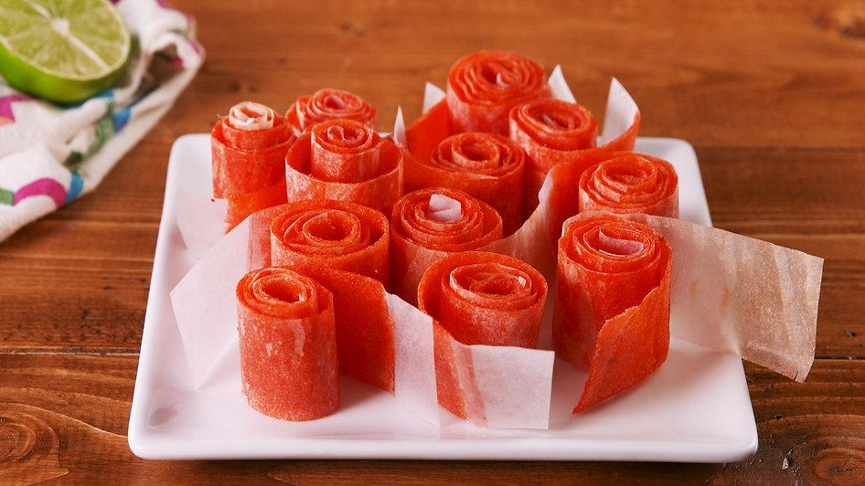delish-watermelon-fruit-roll-ups-still00
