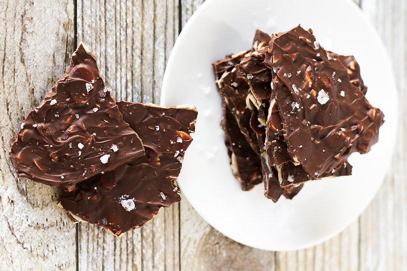 sea-salt-chocolate-almond-bark22.jpg