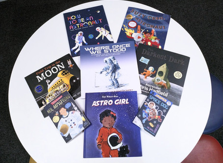 Moon Landings: Books