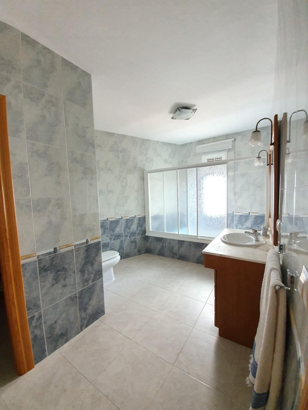Baño_Dormitorio_Principal_2