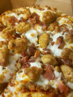 goodcinemapizza-sasuage and bacon