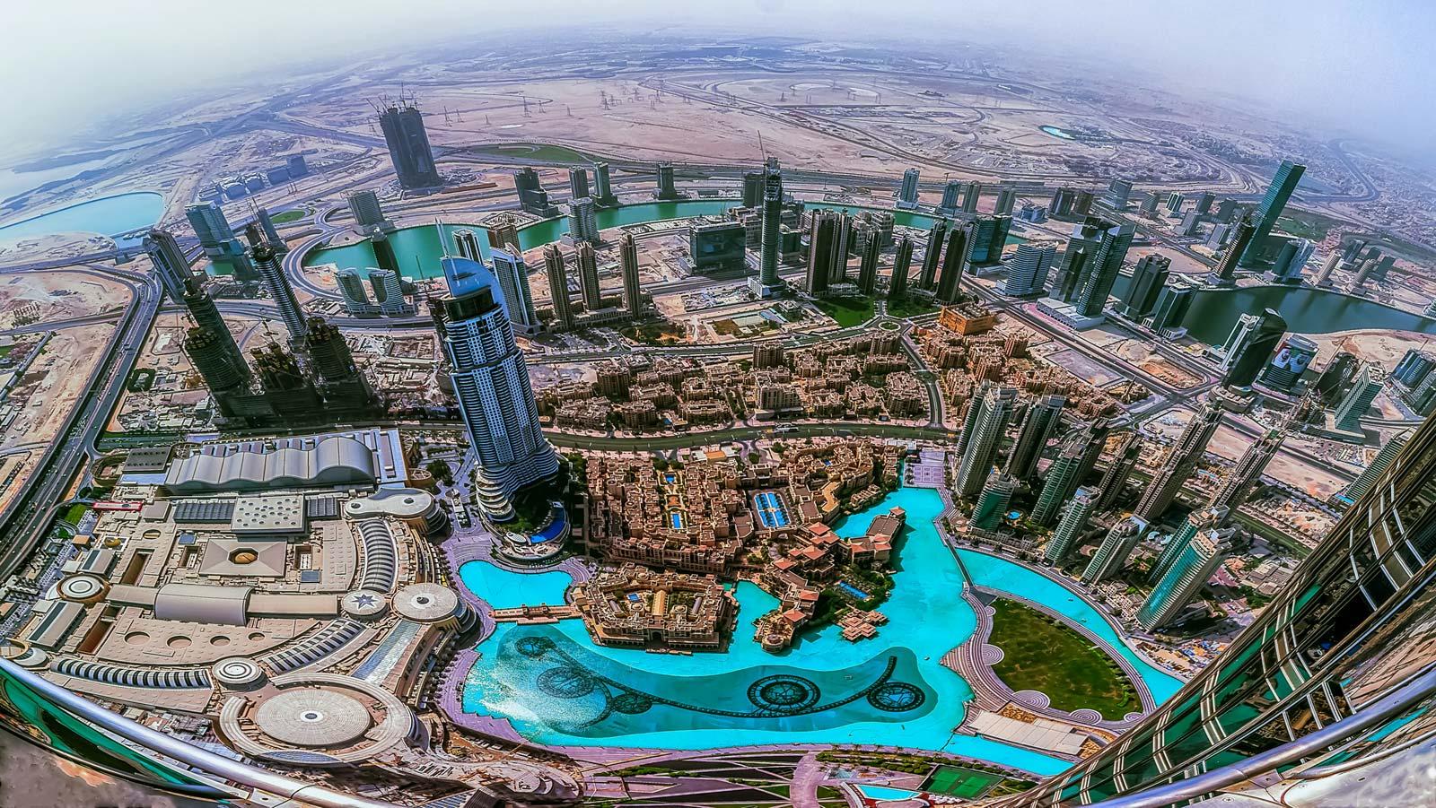 Dubai-United-Arab-Emirates-Burj-Khalifa-