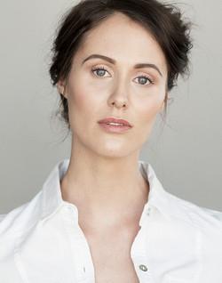 Carolin Feigs - Headshot.jpg