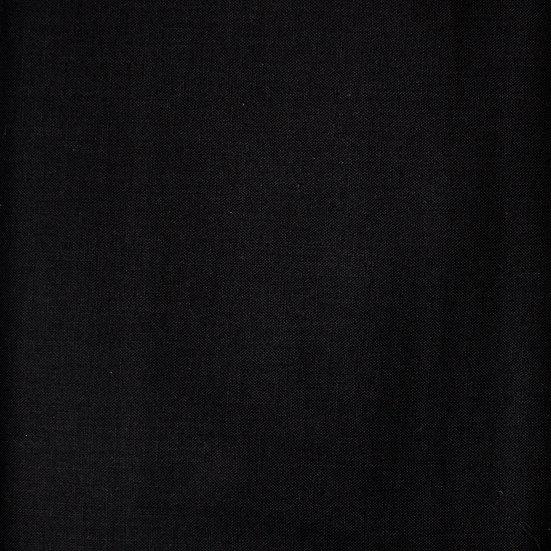 P12 Black Plain