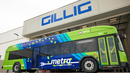 Production of 100th GILLIG battery-electric bus