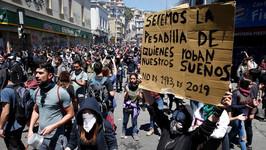 ¡Viva la lucha de la clase obrera y los pueblos de Chile!