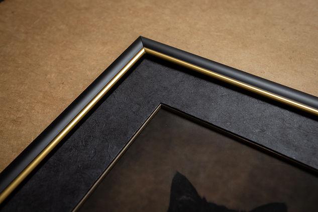 Tirage Hahnemühle Photo Rag20x30 avec encadrement en ouverture droite