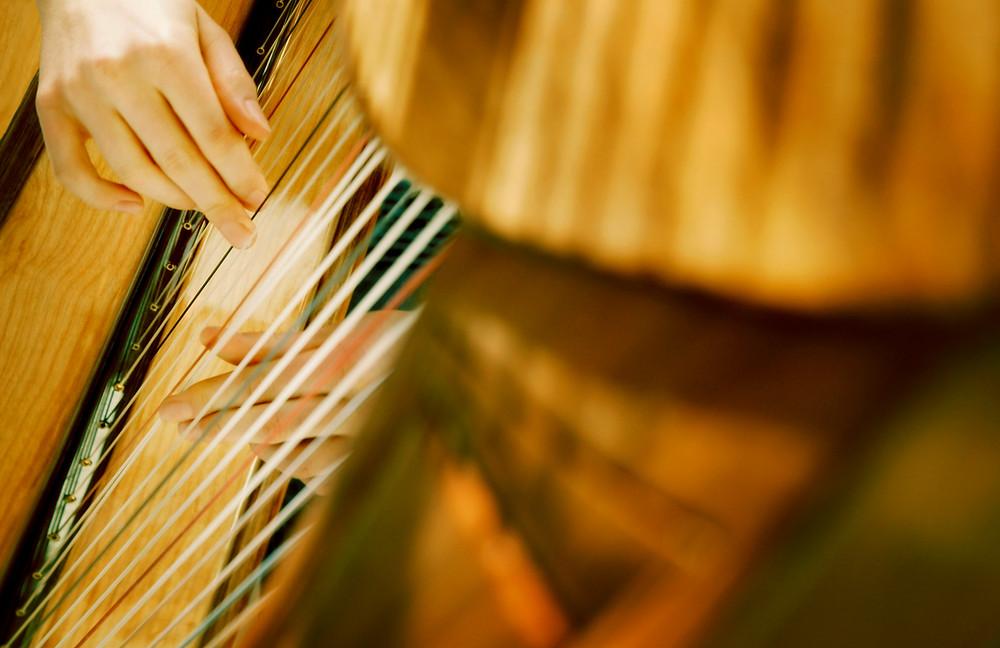 Ecouter ou jouer de la harpe pour se détendre