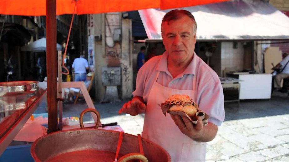 巴勒莫和当地街头食品销售商.jpg