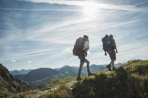 couple hiking.jpg
