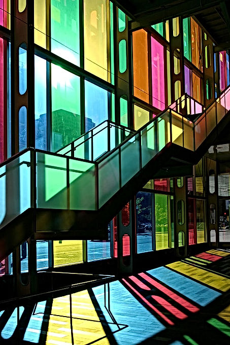 architectural color glass (466x700)-min.jpg