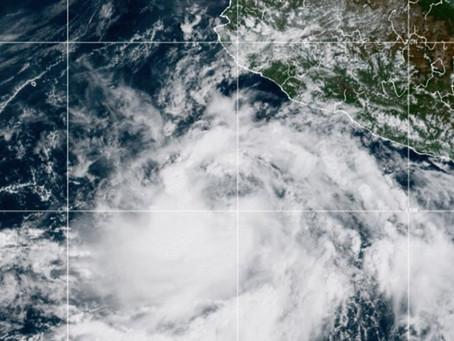 ¡Alerta Pacífico!; podría impactar huracán