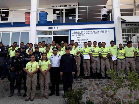 Policías de Acapulco se van a paro… ooootra vez