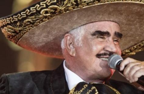 Vicente Fernández sale de terapia intensiva