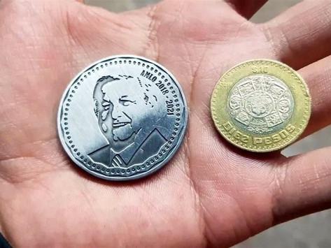 Para los AMLOVERS: a la venta, monedas con el rostro de López Obrador