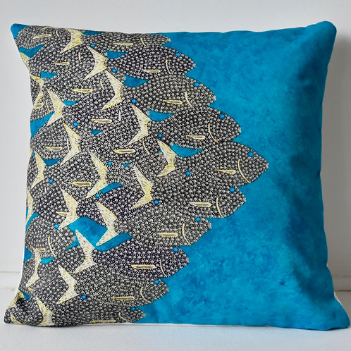 CUSHION: Silver Bream