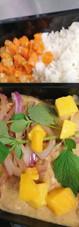 Curry de dinde aux epices magiques et mangue.jpg