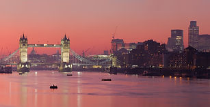 London_Thames_Sunset_panorama_-_Feb_2008