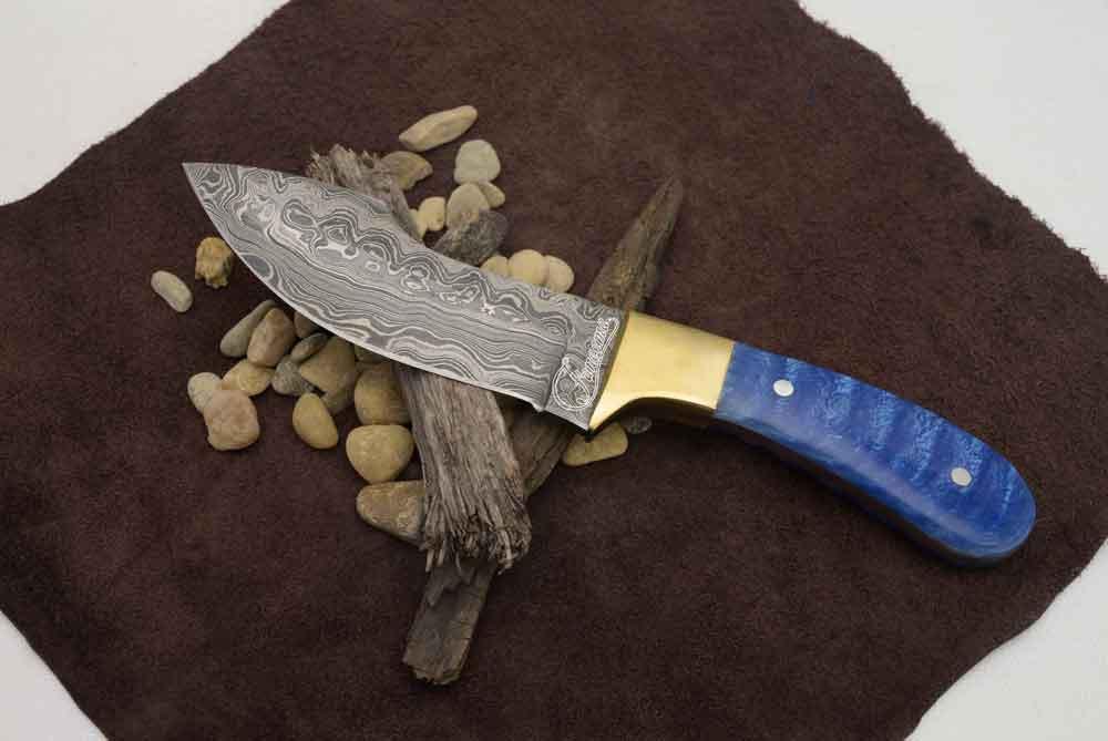 Faneeme Damascus Hunting Knife.jpg