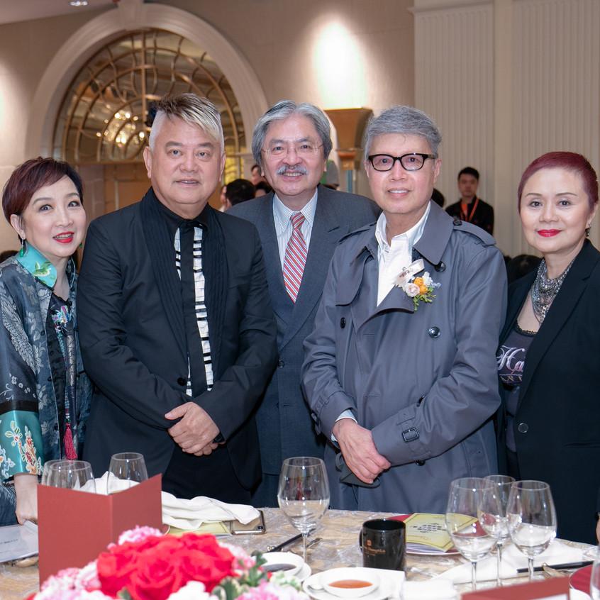 心晴行動名譽會長兼晚宴籌委會主席杜振源、創辦人兼信託人林建明、嘉賓曾俊華、叻哥、