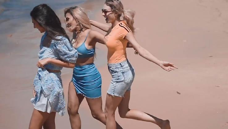 Fashion Influencer Shoot At Balmoral Beach