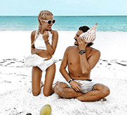 Instagram Influencers Mr & Mrs Monnet