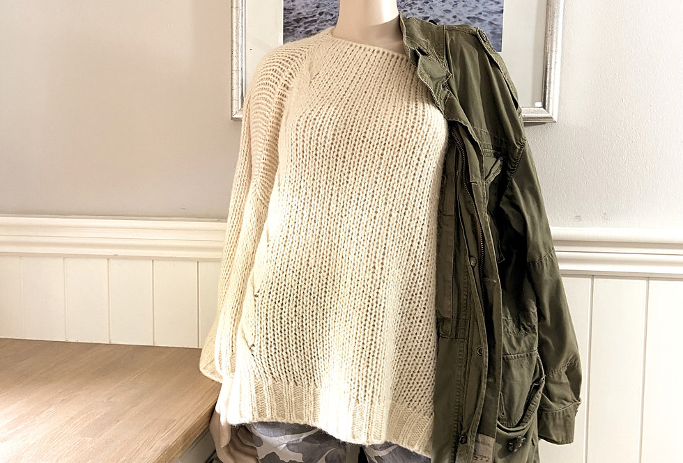 Fiona Oversized Sweater in Cream