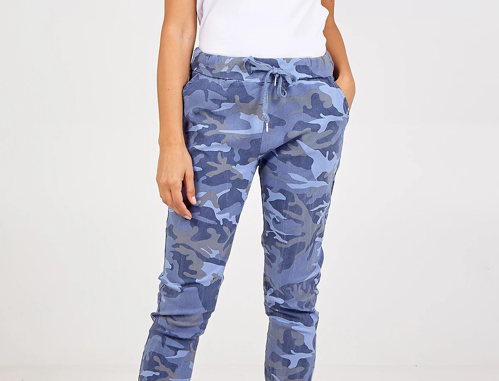 Magic Super Stretch Joggers in Blue
