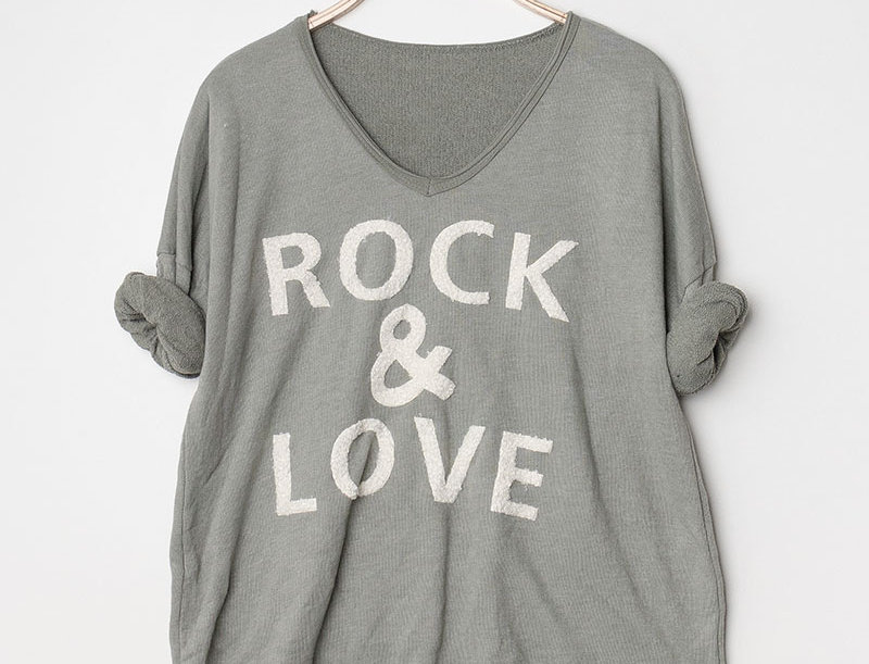 Jessie Rock & Love Sweater in Khaki