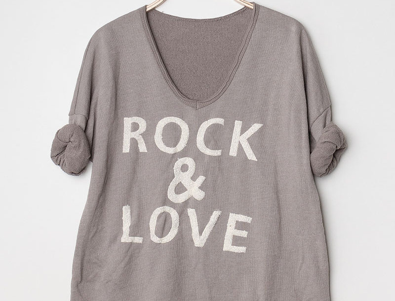 Jessie Rock & Love Sweater in Taupe
