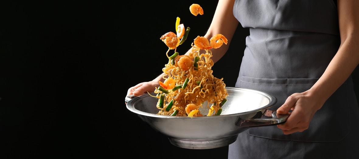 Asia Markt_Kochen mit Nudeln.jpg