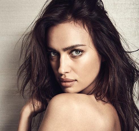 IRINA-SHAYK-Vogue-Russia-Alex-Bramall-04