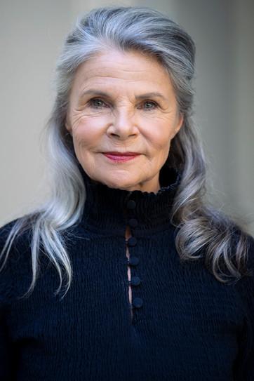 Eva Holzapfel