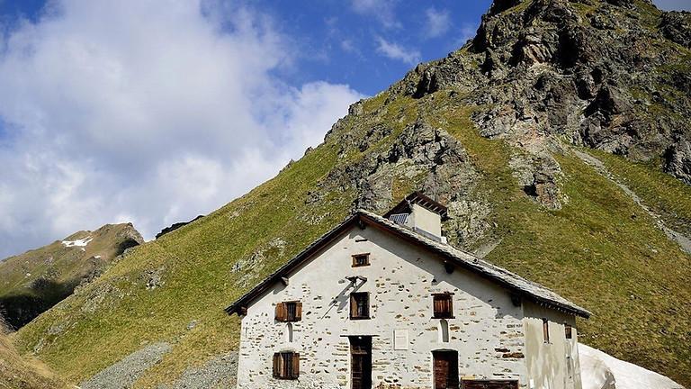 Sull'Antica Via Regia con la guida escursionistica Fabio Savini