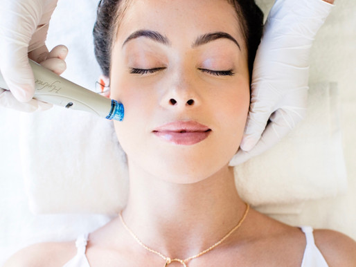 The HydraFacial Phenomenon: Why Everyone Is Obsessed With This In-Office Treatment!