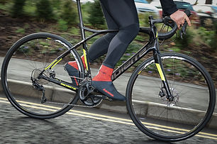 lapierre-pulsium-disc-riding-1.jpg