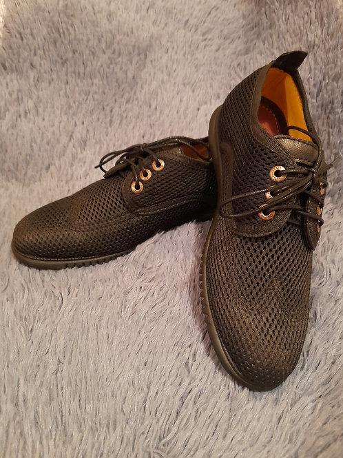 Zapatos en piel y micro fibra transpirable de diseño ergonómico