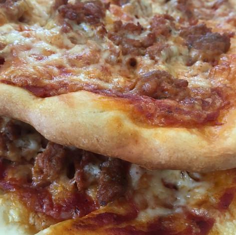 Pizza saucisse italienne