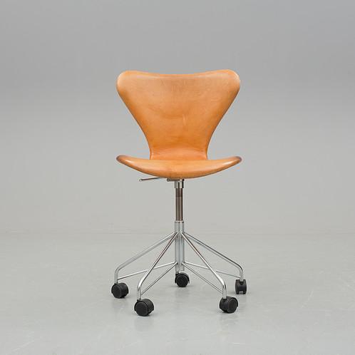 Chaise De Bureau Sjuan Arne Jacobsen