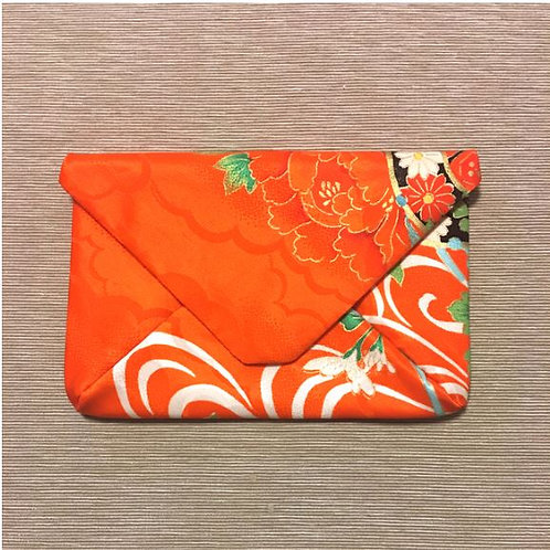 Kimono remake pouch for goshuin-cho: kiku and drum
