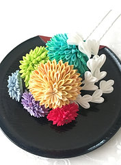 "Seasonal flower Kanzashi ""Ayagiku"""