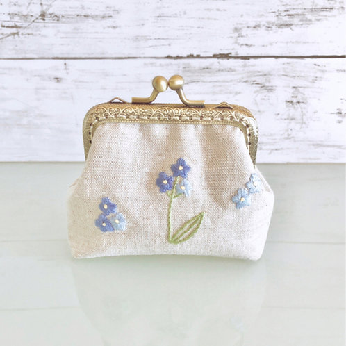 Flame pouch : forget-me-not (middle size)