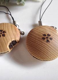 """Wood carving Dorayaki """"a cherry blossom impression"""""""