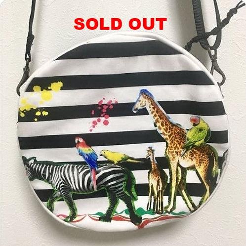 Round crossbody bag : Safari pattern