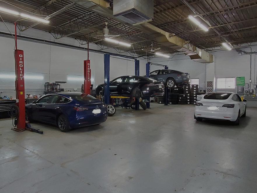 VE Mtl garage spécialisé en véhicules électriques et hybrides