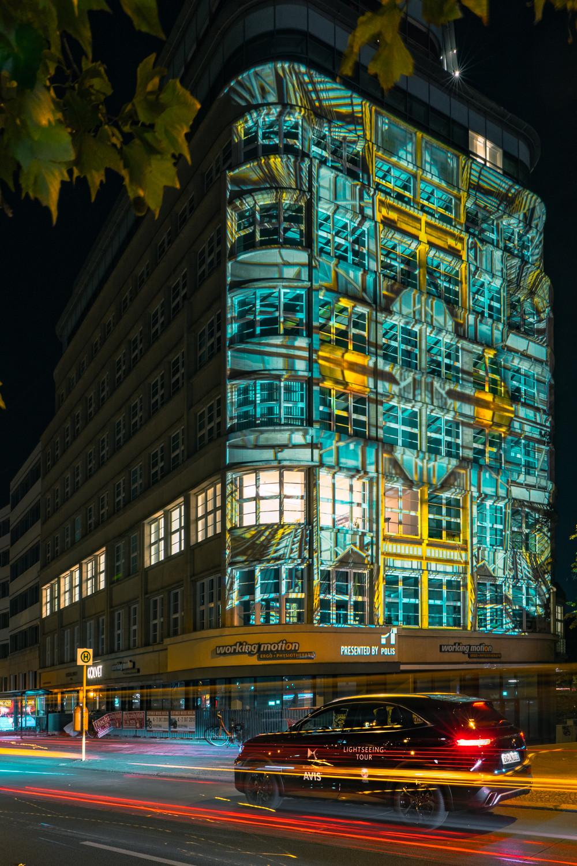 Der DS 7 vor dem Loeser & Wolff-Haus