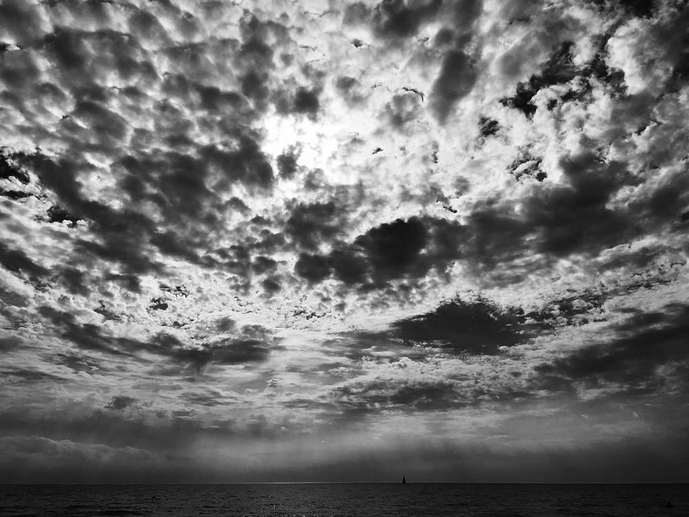 Wolken - Schwarz-Weiß