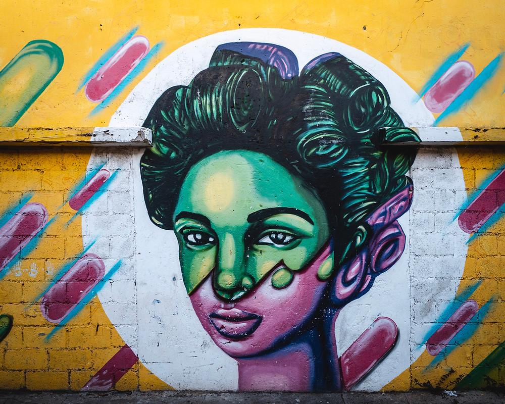 Santa Domingo:Die Altstadt ist UNESCO-Weltkulturerbe. Besonders interessant fand ich die Street Art, die sich in vielen Straßen entdecken lässt. Manchmal habe ich gerätselt, welche Botschaft sich hinter einem Bild verbirgt.