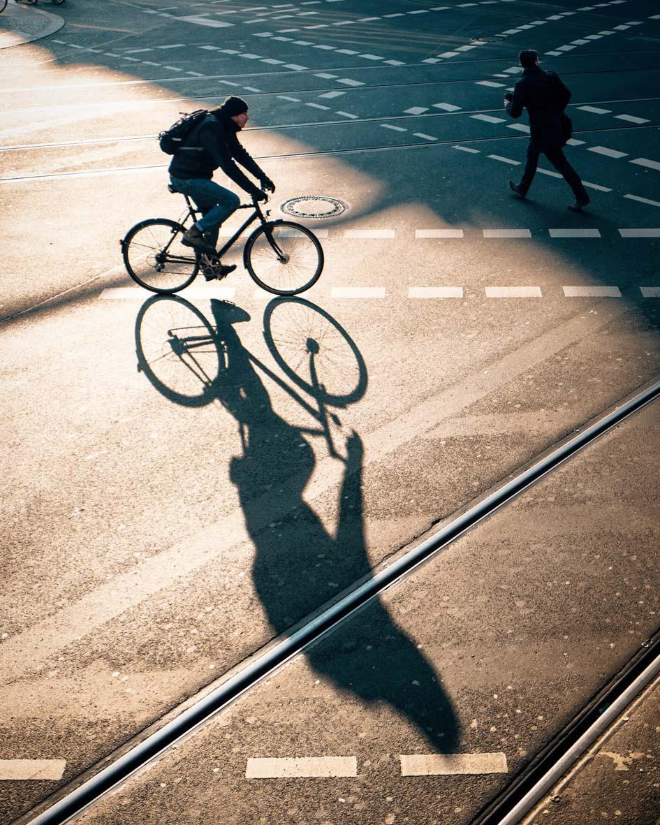 bike / shadow