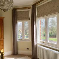 ROMAN BLINDS & DRESS CURTAINS